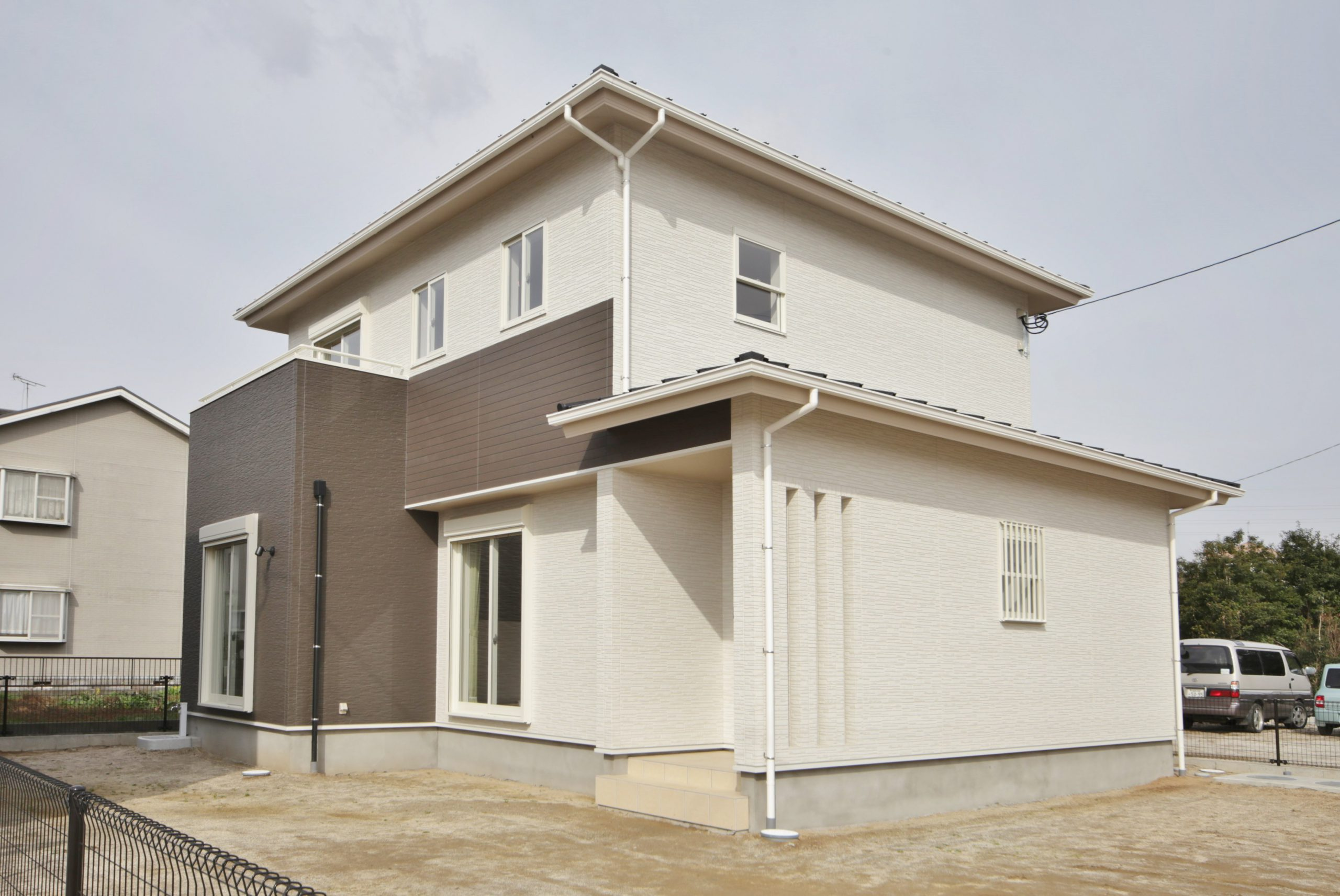 【広いリビングの家】